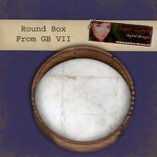 Round Box- action by Monica Larsen